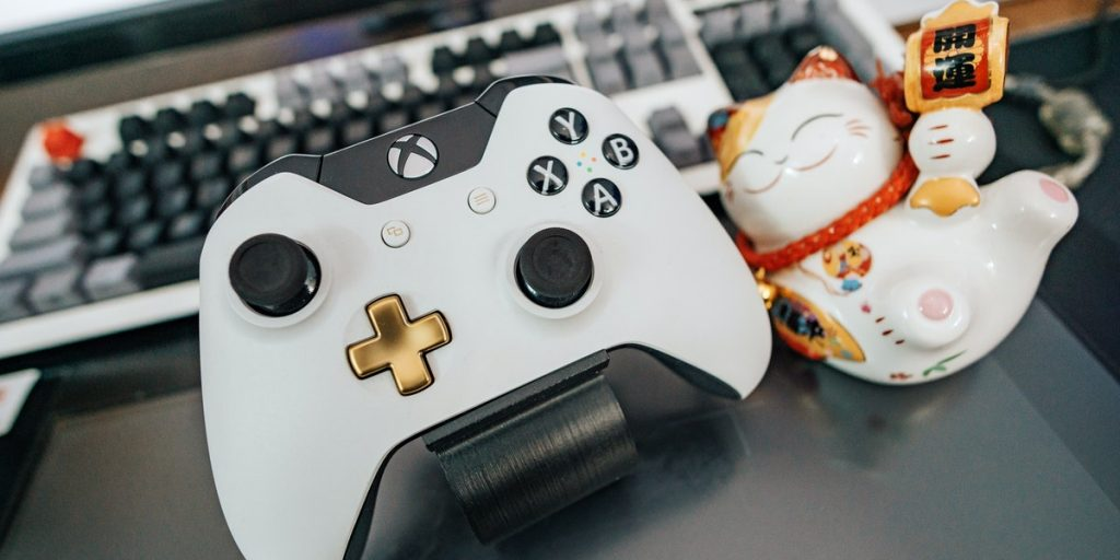Xbox controller and PC Keyboard